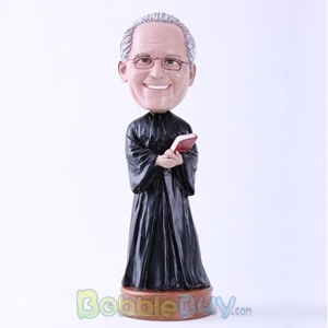 Picture of Male Priest Bobblehead