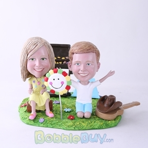 Picture of BBQ Theme Daughter & Son Bobblehead