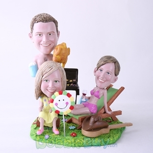 Picture of BBQ Theme Mother & Father & Daughter Bobblehead