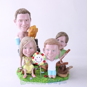 Picture of BBQ Theme Family Bobblehead