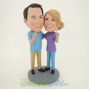 Picture of Arm Behind Each Other Talking Couple Bobblehead