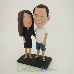 Picture of Arms Around Casual Couple  Bobblehead