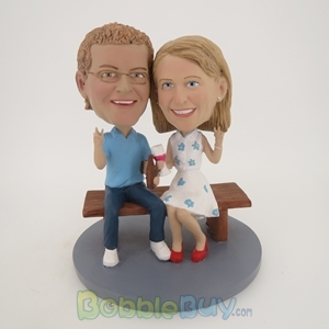 Picture of Bench Sitting Couple Bobblehead