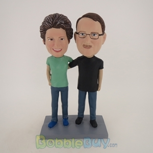 Picture of Man and Woman Arm Behind Each Other Bobblehead