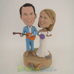 Picture of The Couple Beach Time Fun  Bobblehead