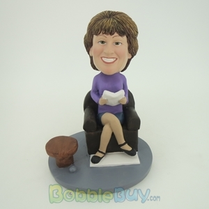 Picture of Reading Woman Bobblehead
