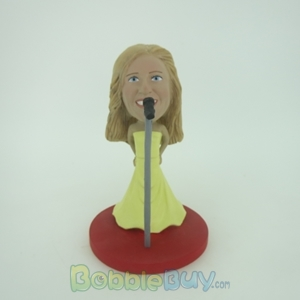 Picture of Singing Woman Bobblehead