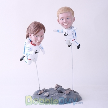 Picture of Astronaut Mother & Son Bobblehead