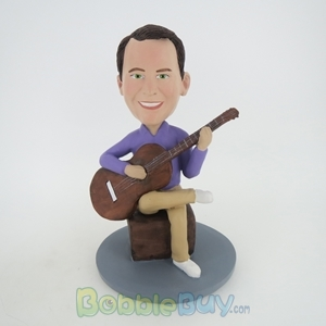Picture of Man Learning Guitar Bobblehead